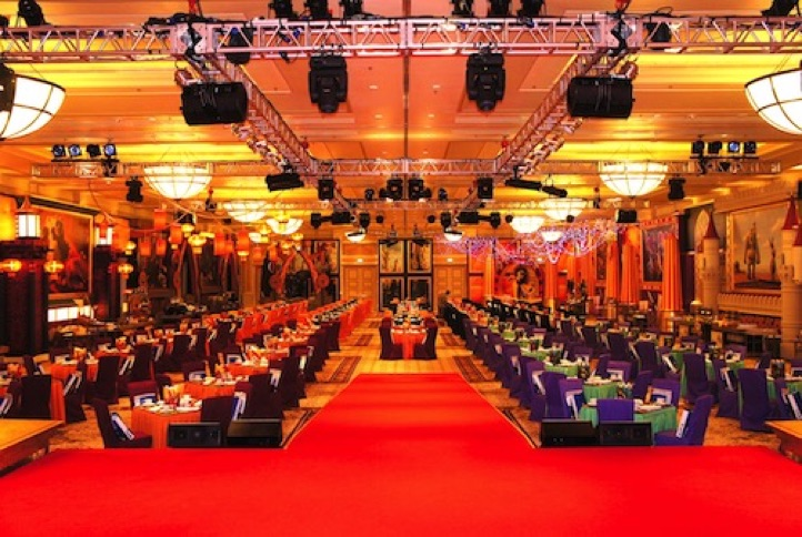 Event stage designs & table cloths, chair covers and table top